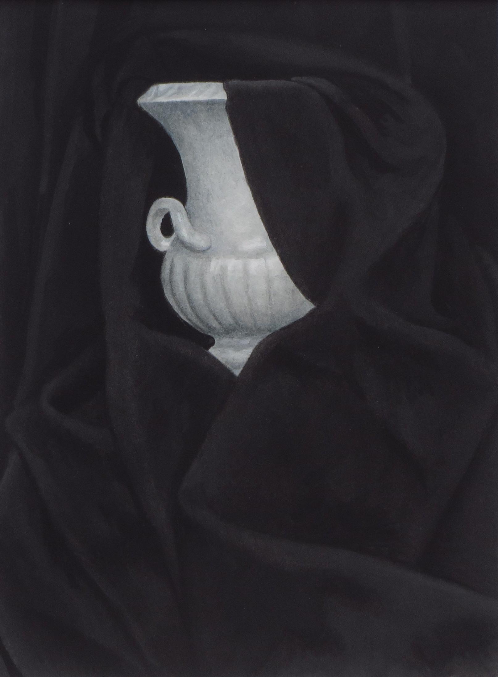 Draped vase 14 x 19 £125